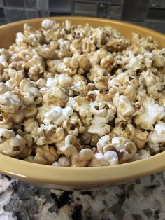 Classic Oven Baked Caramel Corn is a simple recipe to make and enjoy. Make your own caramel popcorn that will taste better than store bought. Camping Snacks, Easy Snacks, Easy Meals, Caramel Corn Recipes, Best Popcorn, Roasting Pan, Corn Syrup, Oven Baked, Baking Soda