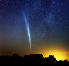 The Great Comet Lovejoy as seen from a rural area of Argentina the day before Christmas Eve.