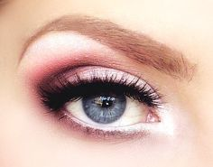 light pink smokey eyes
