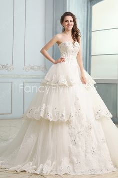 Brilliant Sweetheart Neckline A-line Floor Length Ivory Bridal Dresses With Big Train at fancyflyingfox.com