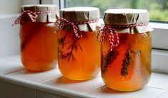 How to Infuse Honey with Herbs, Spices, & Edible Flowers • Lovely Greens