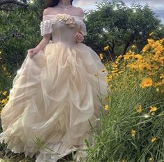 Fairytale Dress, Fairy Dress, Fairytale Fashion, Vestidos Vintage, Vintage Dresses, Pretty Dresses, Beautiful Dresses, Elegant Dresses, Formal Dresses