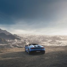 Automobili Lamborghini presented the new Huracán LP 610-4 Spyder at Frankfurt International Motor Show. The open top version of the Huracán LP 610-4 combines the power and performance of the coupé with the emotion of open-air driving. Take a look at this incredible video:https://youtu.be/Y5diIT7NASg #Lamborghini#Huracan#LP6104#Spyder#LamborghiniOrlando#FieldsMCO#FieldsMotorcarsOrlando #FieldsMotorcarsOrlando #Instagram #FieldsAuto