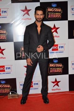 Shahid Kapoor at the Big Star Entertainment Awards 2014.    Shahid was nominated in the following categories: BIG Star Most Entertaining Actor in a Thriller Film (Male) BIG Star Most Entertaining Actor in a Social - Drama Film (Male) BIG Star Most Entertaining Dancer BIG Star Most Entertaining Actor Film - (Male) Shahid won the award for BIG Star Most Entertaining Actor in a Social - Drama Film – Male for his film Haider.