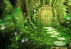 Enter the world of princesses and fairies www.princesscenterpiece.com