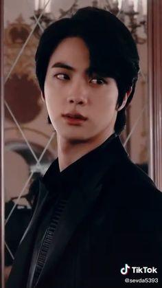 So handsome - Seokjin, Bts Jin, Bts Bangtan Boy, Jhope, K Pop, Jin Dad Jokes, Les Bts, Bts Aesthetic Pictures, Twitter Bts