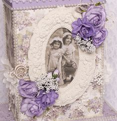 Crafteezee Shop: Tag Album with Box Embossing Techniques, Memory Album, Amazing Shopping, Vintage Scrapbook, Pocket Cards, Lavender Color, Mini Books, Easy Projects, New Beginnings