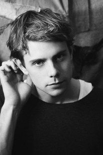 JW Anderson is so pretty it actually causes me pain & shortness of breath.