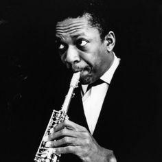 John Coltrane (Hamlet, ciudad en el condado de Richmond, en Carolina del Norte: 23 de septiembre de 1926 - Nueva York: 17 de julio de 1967)  Afro Impresiones Azul es un álbum por el músico de jazz John Coltrane grabó en directo en 1963 y puesto en libertad el Pablo etiqueta en 1977 como un doble LP.