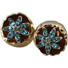 Coro Gold-plated Flower Trembler Earrings