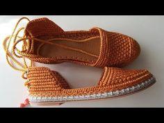 Örgü Babet Ayakkabı shoes Hardal renk babet / Yazlık babet Model Ayşe VAROL Crochet Shoes Pattern, Shoe Pattern, Crochet Slipper Boots, Crochet Slippers, Tongs Crochet, Make Your Own Shoes, Crochet Flip Flops, Homecoming Shoes, Air Max 90 Leather