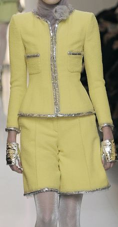Chanel Haute Couture Spring Yellow and silver Chanel Fashion, Couture Fashion, High Fashion, Womens Fashion, Versace, Chanel Couture, Chanel Style Jacket, Elie Saab, Yellow Fashion