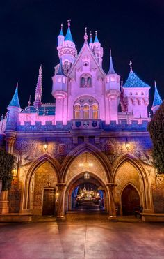 When Disneyland opened in 1955 Fantasyland was in a much different form. The overall theme of the land was dressed with tournament tents. Disneyland Paris, Disneyland Castle, Disneyland California, Disneyland Resort, Vintage Disneyland, Walt Disney, Disney Love, Disney Magic, Disney Parks