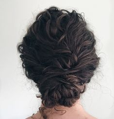 Naturally curly low bun - Naturally curly hair in a low bun. Textured hair boho style by - Curly Bun Hairstyles, Curly Hair Updo, Long Curly Hair, Wedding Hairstyles, Curly Hair Styles, Natural Hair Styles, Buns For Curly Hair, Easy Curly Updo, Curly Bridal Hair