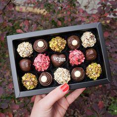 Vegan Chocolate by Witerki Artisan Chocolate, Chocolate Box, How To Make Chocolate, Vegan Chocolate Truffles, Vegan Truffles, Valentine Cake, Handmade Chocolates, Vegan Beauty, Personalised Box