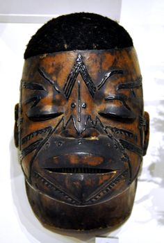 makonde mask  The masks sometimes represent ancestral spirits, sometimes animals. The ancestors come back masked in order to express their joy at the successful achievement of initiation. Their presence is proof of the tight bonds that exist between the living and the dead. The Makonde masks may attain great expressiveness.