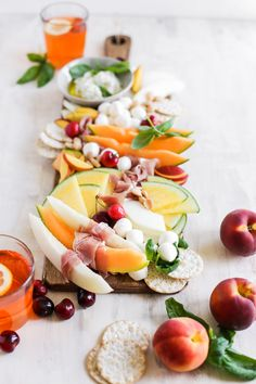 Italian Melon and Mozerella Cheeseboard! This easy cheese board is a great recipe idea to bring out for parties and an easy appetizer before dinner! Filled with yellow melon, meat, mozzarella, peaches and cherries for all of the summer flavor! Clean Eating Snacks, Clean Eating Recipes, All You Need Is, Summer Party Appetizers, Summer Snacks, Great Recipes, Favorite Recipes, Mozzarella, Italian Recipes