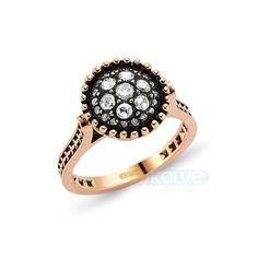#elmas #yüzük #takı #mücevher http://www.ekolye.com/elmas/elmas_yuzuk/