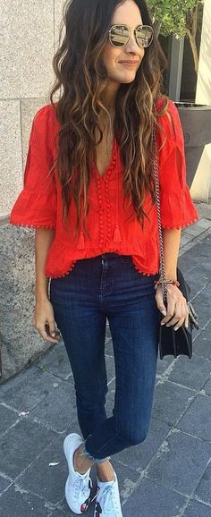 summer outfits Red V-neck Blouse Navy Skinny Jeans White Sneakers