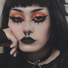 edgy makeup looks Mime Makeup, Punk Makeup, Edgy Makeup, Grunge Makeup, Grunge Goth, Black Goth Makeup, Face Makeup Art, Pastel Goth Makeup, Yellow Makeup