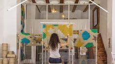 Asistimos al Festival Intramursdearte urbanoenValencia, de la mano de Cervezas Alhambra, para descubrirArquicostura, de Raquel Rodrigo.