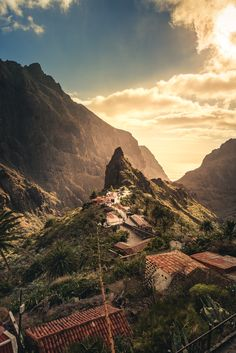 awesome Canary Islands vacations best places to visit Village Photography, Travel Photography, Africa Travel, Spain Travel, Cool Places To Visit, Places To Travel, Station Balnéaire, Parc National, Canary Islands