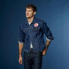 Shop men's MLB® apparel at Levi's® including western shirts, sweatshirts and trucker jackets. Browse our collection of baseball clothes at Levi's®. Denim Button Up, Button Up Shirts, Levi Strauss, Vintage Fashion, Vintage Style, Casual Outfits, Mens Fashion, Boys, Instagram