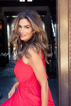"""I don't wear a lot of makeup when I'm not working but definitely a tiny bit of cover-up or sometimes a little powder foundation, mascara, a little blush. For some reason I can not keep a lip color on."" http://www.thecoveteur.com/cindy-crawford/"