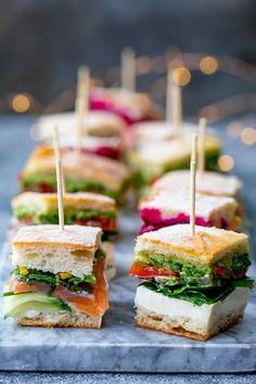 French pressed sandwich bites – posh sandwiches for your party table! French pressed sandwich bites – posh sandwiches for your party table!,FOREST PARTY These French pressed sandwich bites have 3 different flavour varieties in. Make Ahead Appetizers, Appetizers For Party, Appetizer Recipes, Mini Sandwich Appetizers, Sandwich Recipes, One Bite Appetizers, Dinner Recipes, Pressed Sandwich, Party Sandwiches