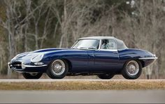 1961 Jaguar E-Type Series 1 3.8 Liter Roadster - found on goodingco.com