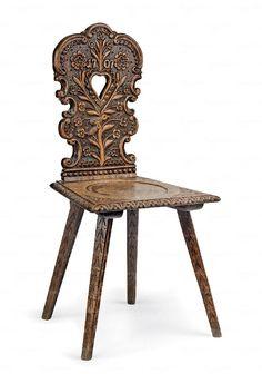 Támlás szék  magyar, 19. sz. vége, faragott diófa  97*46*40 cm