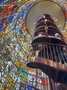 Chukoku no Mori outdoor sculpture park: Fantastic sculpture in a beautiful mountainous valley. Hakone Japan, Overseas Travel, Outdoor Sculpture, Aesthetic Photo, Japanese Art, Art Museum, Interior And Exterior, Countryside, Glass Art