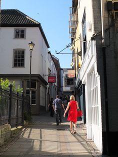 Bridewell Alley, Norwich Norfolk Broads, Norfolk England, Norwich Norfolk, Rochdale, Uk Photos, Cities In Europe, Traveling Tips, Travel England, Urban Sketching