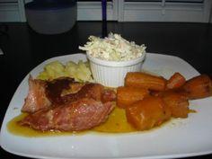 Jambon automne (mijoteuse) de Mabelle - 6 carottes,  coupées en morceaux de 2 pouces3 patates douces, en quartiers1 1/2 de jambon désossé (moi avec os)1 tasse de sirop d'érableDispose...
