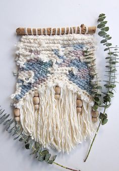 One of a kind handwoven wall hanging SIZE: Approx. W: 10in L: 16in (measured to the longest fiber) Ships from San Francisco, CA Item will ship 1-3 business days after payment is received Please message me with any questions, Id love to chat! :) Due to the nature of my unique hand