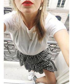 Les 10 teintes de rouges à lèvres de la Parisienne sur Instagram