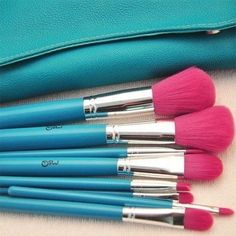 Aqua Coral, Teal And Pink, Pink Turquoise, Hot Pink, Turquoise Cottage, Makeup Brush Dupes, It Cosmetics Brushes, Makeup Brush Set, Fancy Makeup