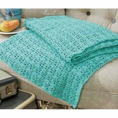 Shells & Lace Throw