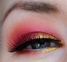 Love this look! pink and gold eyes Gold Makeup, Makeup Art, Makeup Tips, Beauty Makeup, Hair Makeup, Hair Beauty, Pretty Makeup, Makeup Looks, Crazy Makeup