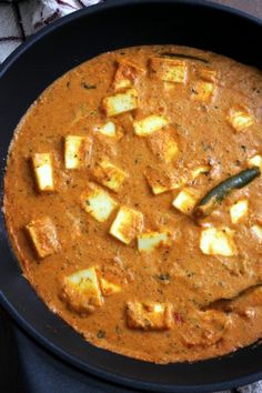 Paneer lababdar recipe - restaurant style with step by step photos. It is rich, creamy and delicious gravy. Indian Food Recipes, Vegetarian Recipes, Ethnic Recipes, Vegetarian Cooking, Paneer Lababdar, Paneer Curry Recipes, Indian Breakfast, International Recipes, Easy Cooking
