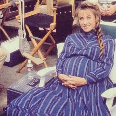 Jane Seymour pregnant with her twins on the set of, Dr. Lady Jane Seymour, Lyle Mays, Pregnancy Images, Joe Lando, Dr Quinn, Drama Tv Shows, Tv Doctors, Family Show, Female Doctor