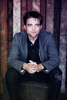Robert Pattinson by SPRSPRsDigitalArt.deviantart.com on @deviantART