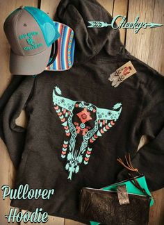 Look amazing choice of females' hoodies and sweatshirts for your own personal week wardrobe. Cowgirl Outfits, Cowgirl Style, Western Outfits, Western Wear, Gypsy Outfits, Cowgirl Clothing, Western Style, Country Outfits, Fall Outfits