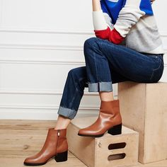 """Sam Edelman Brown Bootie The Joey bootie has a sleek, uncomplicated style. Almond shape toe and a chunky stacked heel. 2 1/4"""" heel. 5 1/4"""" shaft (approx.). Leather. Offers welcome through offer tab. No trades. 1413161171 Sam Edelman Shoes Ankle Boots & Booties"""