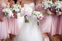 2.mariage-gris-et-rose-bouquet