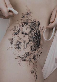 Line Art Tattoos, Sun Tattoos, Flower Tattoos, Body Art Tattoos, Tiger Tattoo Thigh, Thigh Piece Tattoos, Floral Tattoo Design, Floral Hip Tattoo, Cupid Tattoo