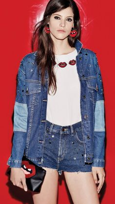 Aynot (L) Red Background, Denim, How To Make, Jackets, Fashion Design, Buenos Aires Argentina, Down Jackets, Jacket, Jeans Pants