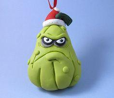 Made to Match PvZ Squash Christmas Ornament - polymer clay Polymer Clay Ornaments, Sculpey Clay, Polymer Clay Christmas, Polymer Clay Projects, Polymer Clay Creations, Polymer Clay Art, Plant Zombie, Biscuit, Zombie Party