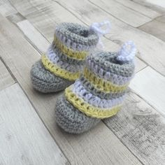 Unisex Baby Booties Free Crochet Pattern : 1000+ images about Stuff to make for Alexs Baby on ...
