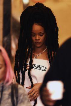 Rihanna // Rihanna
